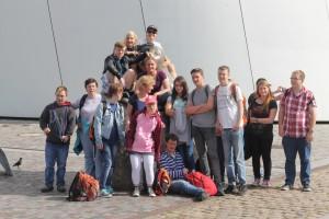 Gruppenbild während der Freizeit in Stralsund 2017, bei  der auch die Insel Rügen auf dem Programm stand.