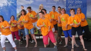 Auftritt unserer Tausendfüßler Tanzgruppe.
