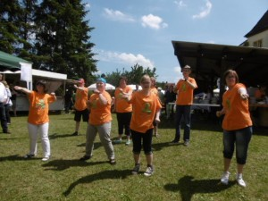 Ihr Tanz zur Musik von Dj Bobo und der Gruppe                               Arash brachte Stimmung und viel Applaus.