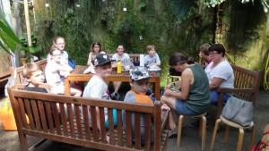 Frau Niestroj erklärte uns alles über die Kakaobohne.