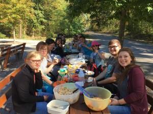 Unsere Ausflügler beim Picknick